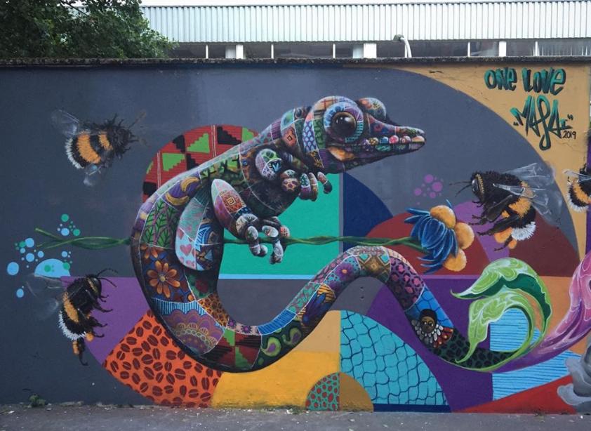 Louis Masai street art world animal day