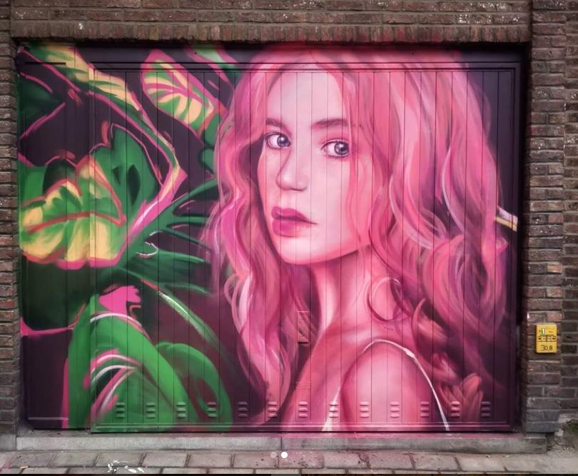 kitsune street art