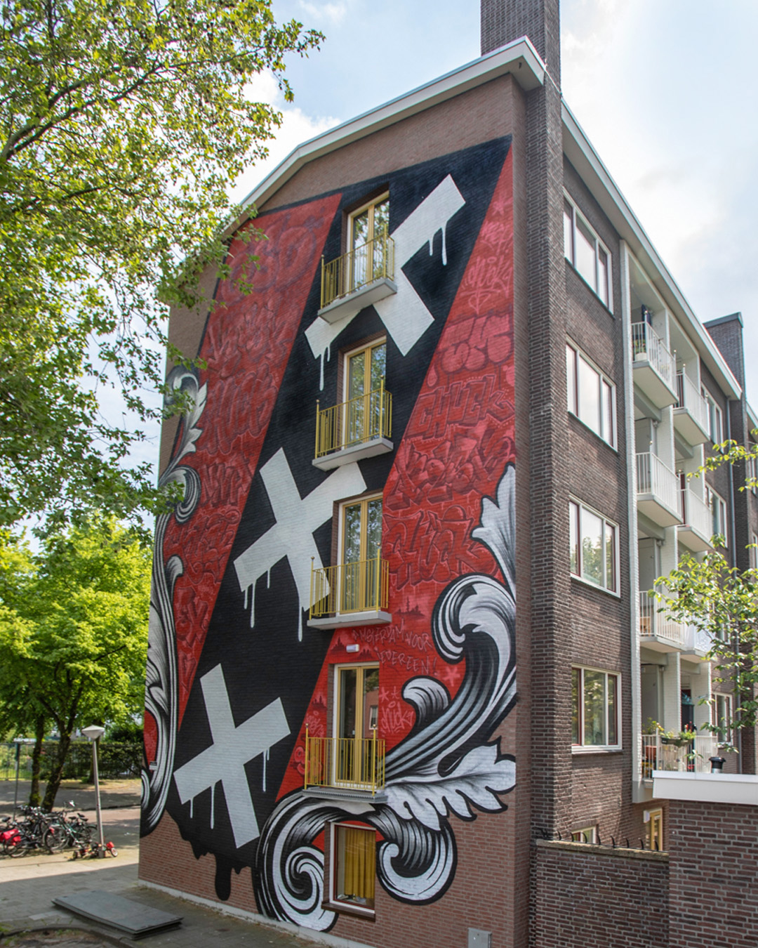 "KASH & Chuck for ""If Walls Could Speak"" festival by Amsterdam Street Art Photo Tim van Vliet"