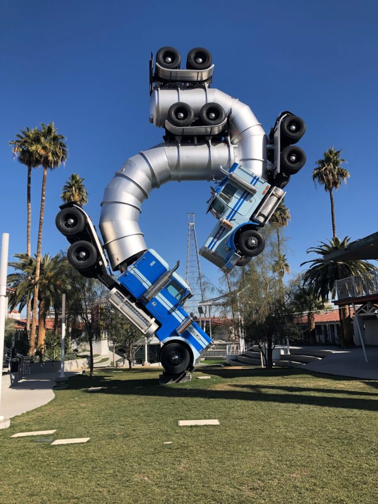 Mike Ross' colossal sculpture Big Rig Jig